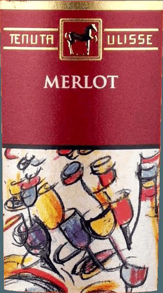 """Merlot Rosato od Tenuta Ulisse je růžové bestseller špičkových vín v Abruzzo. Přichází do sklenice se silnou malinovou červení a inspiruje nejen růžového přítele, ale každého milovníka vína, který má rád mocná a výrazná vína. Za prvé, ovocné tóny zralých malin, brusinek, jahod a třešní pronikají nosem. Ovoce je doplněno květinovými tóny, jemným bylinným kořením a lehkými citrónovými nuancemi růžového grapefruitu, kumkvatu a bergamotu. Květinové tóny ibišku a keře růže dokonale doplňují kytici. Na patře začíná Ulisse Merlot Rosato animovanou, ovocnou předehrou. Nádherně přilnavé, šťavnaté a s vitální kyselostí, toto italské růžové klouže přes jazyk. Slavnost pro smysly. Není tedy divu, že kritická legenda Luca Maroni toto víno z Ulisse podruhé zařadil mezi své nejvyšší hodnocení. Vinifikace Merlot Rosato Tenutou Ulisse Toto krajkové růžové auto bylo vinifikováno ze 100% hroznů Merlot pěstovaných kolem Crecchio v provincii Abruzzo v Chieti. Vinice zde jsou zakořeněny v písečné půdě a byly schopny zakopat své kořeny hluboko do podzemí po dobu 10-20 let. Písečná půda neumožňuje vinné révě příliš mnoho vody, což posiluje hloubku a rozsah kořenů a způsobuje, že hrozny rostou obzvláště intenzivně, protože nejsou tak zředěné. Po ručním sběru se hrozny ihned dostanou do sklepa, rozdrtí se a studeně macerují po dobu 12 hodin. Po lisování moštu probíhá fermentace, po níž následuje tříměsíční doba zrání v nerezové nádrži. Doporučení k jídlu pro Ulisse Merlot Rosato Vychutnejte si toto vynikající růžové víno z Abruzza s grilovanými rybami, lehkými drůbežími pokrmy a mořskými plody. Ocenění pro Ulisse Merlot Rosato Luca Maroni: 99 body za rok 2018 -""""Jeden z nejlepších růžových vůbec"""" Luca Maroni: 99 body za rok 2017"""