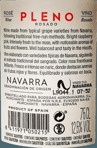 Zářivě růžová barva Pleno Rosado od Bodegas Agronavarra připomíná čerstvé jahody, které charakterizují také ovocně čerstvou, příjemně voňavou kytici. Kromě toho lze vnímat vůni malin a bezinky, rafinované jemnými kořeněnými nuancemi balzámu a máty. Na patře toto nekomplikované růžové okouzlí spoustou šťavnatého ovoce a svěžesti, kompaktní kyselostí a jemnými tříslovinami. Vinifikace Pleno Rosado Mechanicky a ručně sklízené hrozny Garnacha jsou mlety a podrobeny teplotně řízenému kvašení v nerezové nádrži. Poté se víno několik měsíců rafinuje v nádrži a nakonec se naplní do lahve. Doporučení pro přípravek Agronavarra Pleno Rosado Doporučujeme tuto nádhernou Garnacha Rosé z Navarry v severním Španělsku se saláty, pizzou, těstovinami s tmavými omáčkami, grilovanými pokrmy a rybami.