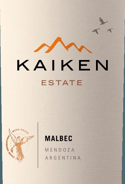 Kaiken Malbec je červené víno z Argentiny, s nímž Aurelio Montes - vůdce Montes Wines v Chile - splnil dlouholetý sen. Díky dlouholetým zkušenostem s výrobou vína a senzační citlivosti na terroir a vinnou révu bylo toto kvalitní víno vyrobeno z argentinské klasické odrůdy hroznů Malbec. Víno Kaiken splňuje nejvyšší standardy charakteru a složitosti, bez chybějící mladistvé elegance a rozmanitosti vůní. V hluboké fialové, Montes Kaiken Malbec září ve skle. V nose se objevují svěží ovocné vůně připomínající tmavé bobule, jako jsou borůvky a černý rybíz, ale také zralé jahody a sušené švestky. Jsou doprovázeny jemným kořením a kakaovými tóny, pepřem, kávou, vanilkou a tabákem, které pocházejí ze stárnutí bariéry. Na patře tento dort překvapuje červené víno svou měkkou strukturou a vynikající rovnováhou mezi masitými taniny a intenzivním ovocem jahod a borůvek. Jeho dlouhotrvající intenzivní ozvěna opět odráží vývoj dřeva a unikátní terroir Mendozy. Pěstování a vinifikace Kaiken Malbec Aurelio Montes je slavný odborník na víno, jehož chilská vína Montes získala světovou slávu. Společně se třemi dalšími odborníky na víno se chilská vína začala vyrábět v roce 1988, což jasně vynikalo z tehdejších standardů a získalo mu velkou chválu ve starém světě. Nová výzva ho přivedla do Argentiny v roce 2001, kde Aurelio začal nakupovat vinice pro své koláče v nejlepších oblastech, jako je Maipu, Cruz de Piedra, Ugarteche, Agrelo a Údolí Uco. V roce 2003 byl konečně uveden na trh první ročník vína Malbec Kaiken, cuvée z Malbecu a Cabernet Sauvignon, které dokázalo spojit terroir a klima Mendozy. Kaiken Malbec odráží prostory Aurelio Monte pro výrobu vín s charakterem, elegancí, výrazem a nejvyšší kvalitou. Kaiken Malbec se skládá z 95% z Malbecu a 5% z Cabernet Sauvignon, což dodává vínu nádech elegance. Hrozny pocházejí 100% z vinic vína Kaiken v oblasti Agrelo 60 km od Mendozy. Nacházejí se v nadmořské výšce 950 metrů nad mořem. Podnebí je zde poměrně teplé a suché, což znamená, že