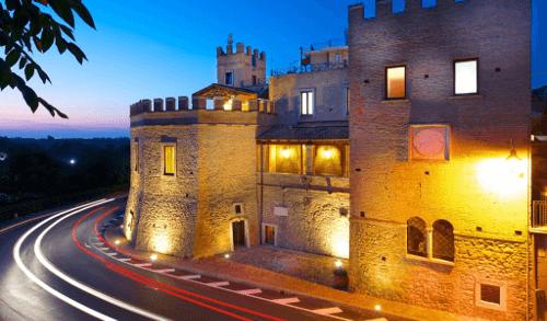 Castello Caldora von Farnese Vini in Abruzzen